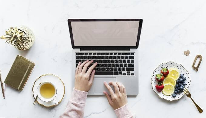 副業で始めるブログがサラリーマンにおすすめの理由!ネットビジネス初心者に最適なワケ